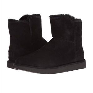 NEW ABREE UGG BLACK MINI BOOTS SUEDE SIDE ZIP SZ 6